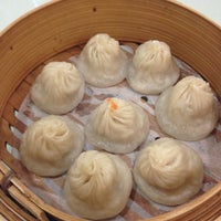 Photo taken at Dumplings' Legend by Yoonie S. on 9/13/2012