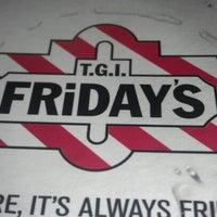 Photo taken at TGI Fridays by Carolyn Q. on 9/7/2012