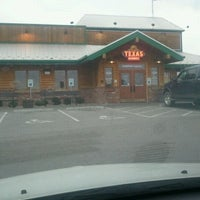 Photo taken at Texas Roadhouse by Bill B. on 2/9/2012