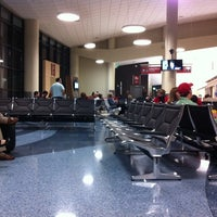 Photo taken at Kalamazoo - Battle Creek International Airport (AZO) by Guillermo R. on 5/6/2011