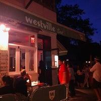รูปภาพถ่ายที่ Westville East โดย Anne M. เมื่อ 8/7/2012