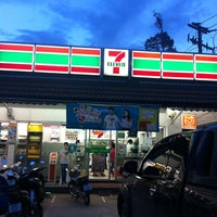 Photo taken at 7-Eleven by Aom S. on 8/23/2012