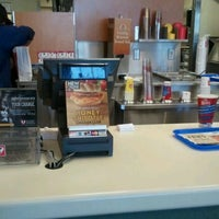 Photo taken at Wendy's by Marquis D. on 12/17/2011