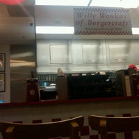 Photo taken at Five Guys by Jerry Lucas B. on 11/23/2011