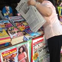 Photo taken at Sạp Báo Văn Khoa by Hà Vũ .. on 5/26/2012