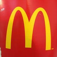 Photo taken at McDonald's by Juan Carlos O. on 4/19/2012