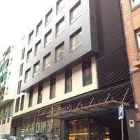Foto tomada en Hotel Grums Barcelona por Enric A. el 2/1/2012