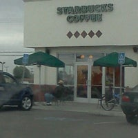 Photo taken at Starbucks by Viciously M. on 11/13/2011