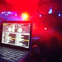 Photo taken at HEAT Night Club by [RAPH]AEL™ on 3/4/2012