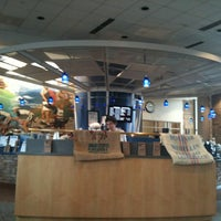Photo taken at Lowe's Home Improvement - Corporate Office by Garren D. on 3/22/2011