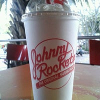 Photo taken at Johnny Rockets by Selene O. on 2/19/2012