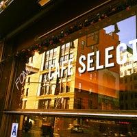 Das Foto wurde bei Café Select von Rex S. am 12/1/2011 aufgenommen