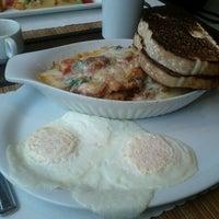 Photo taken at Café Extase by David M. on 11/29/2011