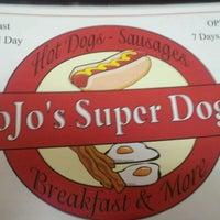 Photo taken at Jojo's Superdogs by Vee G. on 12/18/2011