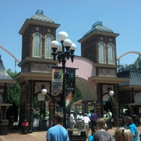 Photo taken at Six Flags Over Georgia by Edward L. on 7/5/2012
