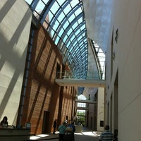 Photo taken at Peabody Essex Museum (PEM) by Tim H. on 7/10/2012