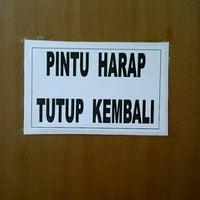 Photo taken at Direktorat Bina Produksi dan Distribusi Kefarmasian by Zulfikar B. on 11/1/2011