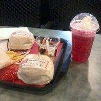Photo taken at Burger King by Arie K. on 5/16/2012