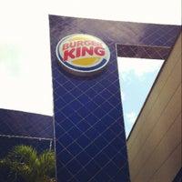 Photo taken at Burger King by Juancho N. on 7/10/2012