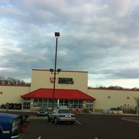 Photo taken at Tractor Supply Co. by Lee S. on 1/8/2012