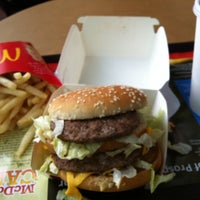 Photo taken at McDonald's by Swan L. on 1/29/2012