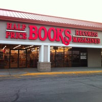 Photo taken at Half Price Books by Jackie E. on 9/12/2011