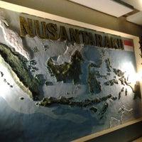 Photo taken at Nusantaraku resto & cafe by Cazz on 12/29/2011