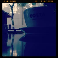 Photo taken at Costa Coffee by Yazan D. on 2/28/2012