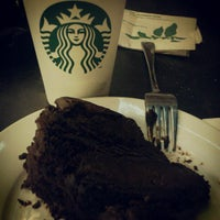 Photo taken at Starbucks by rodelson s. on 4/19/2012
