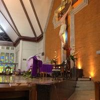 Photo taken at Gereja Katolik Redemptor Mundi by Yohanes H. on 2/22/2012