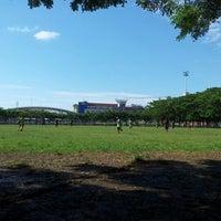 Photo taken at Lapangan Karebosi by Iyandroid on 5/9/2012