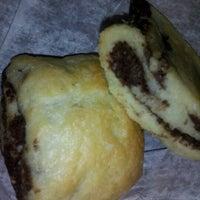 Photo taken at Pinisi Café & Bakery by Nycjunkgurl on 6/21/2012