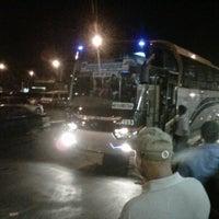 Photo taken at Bus DAMRI Bandara Soekarno-Hatta - Stasiun Gambir by Bowo G. on 9/11/2011