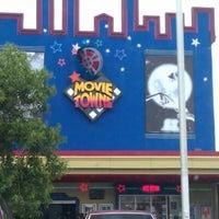 Photo taken at MovieTowne by Shivan S. on 8/10/2012