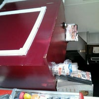 Photo taken at Speedy's Pizzeria by Edwin L. on 12/22/2011