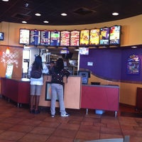Photo taken at Tacobell by John T. on 5/26/2011