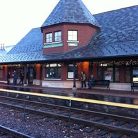 Photo taken at Metra - Arlington Heights by Azeem F. on 12/29/2011