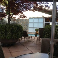 Photo taken at Corporate Inn Sunnyvale by Jongchan K. on 5/22/2012