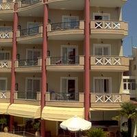 Photo taken at Evdion Hotel by Крутень А. on 8/23/2012