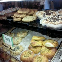 Photo taken at Noah's Bagels by Audrey W. on 8/20/2012