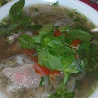 Photo taken at Pho VN One by Chuq Y. on 6/12/2012