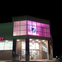 Photo taken at Walgreens by Simon S. on 8/11/2012