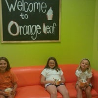 Photo taken at Orange Leaf Frozen Yogurt by Denise M. on 8/19/2011