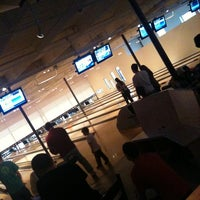 Photo taken at Bayside Bowl by Robert B. on 5/10/2011