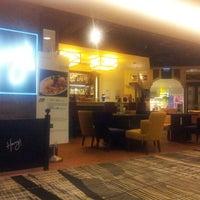 Photo taken at Concourse B by Lee K S 李. on 5/30/2012