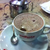 Photo taken at Cafeteria Palheta by Juarez S. on 9/28/2011
