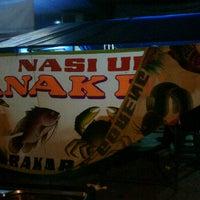 Photo taken at Nasi Uduk Anak Bude by Zaki K. on 9/14/2011