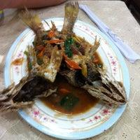 Photo taken at Restaurante Karen by Karinny C. on 9/8/2011