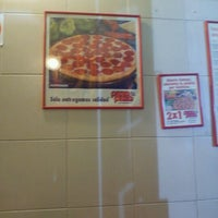 Photo taken at Pizza Pizza by Arturo V. on 9/19/2011