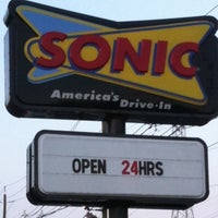 Photo taken at SONIC Drive In by Joe G. on 8/11/2011